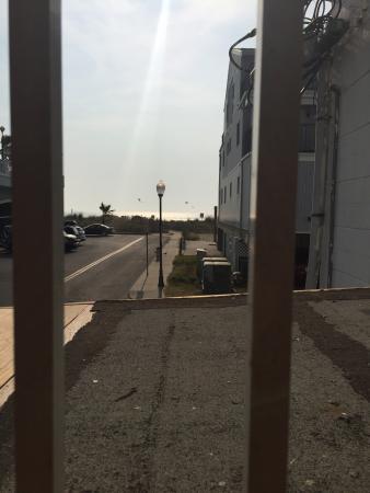 Thunderbird Beach Motel : View from pool area!