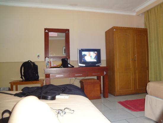 Mahadria Hotel Kamar Kurang Nyaman