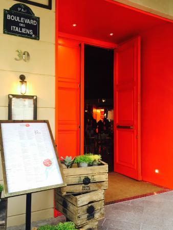 Photo of Asian Restaurant Hanoi Ca Phe at 30 Boulevard Des Italiens, Paris 75009, France