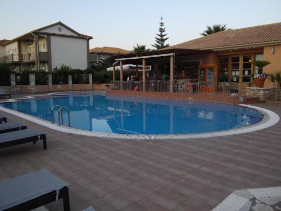 9 Muses Hotel Skala Beach: The pool