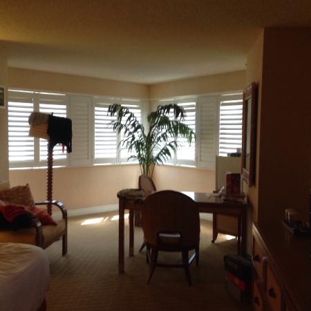 Tropicana Las Vegas - A DoubleTree by Hilton Hotel: Extra room space