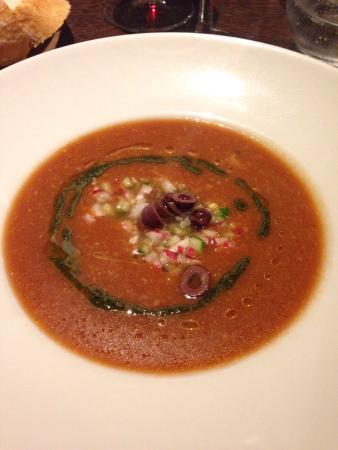 Le Bistrot NIMOIS : Gaspacho et ses légumes croquants avec pesto a la coriandre . Entrecôte avec gratin dauphinois u