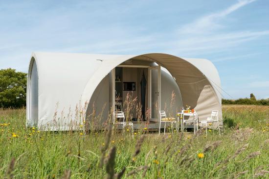 bungalow coco dans camping proche noirmoutier  Picture of