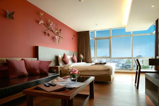 โรงแรมบุรีศรีภู บูติกโฮเต็ล