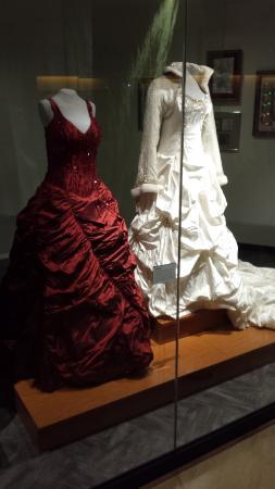 Exhibit trisha yearwood wedding dresses picture of for Trisha yearwood wedding dress