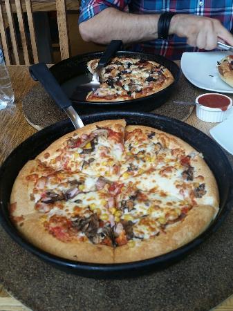 Pizza Hut Plaza Romania