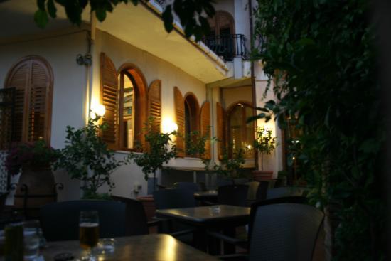 Ipanema Hotel : Ipanema in the evening