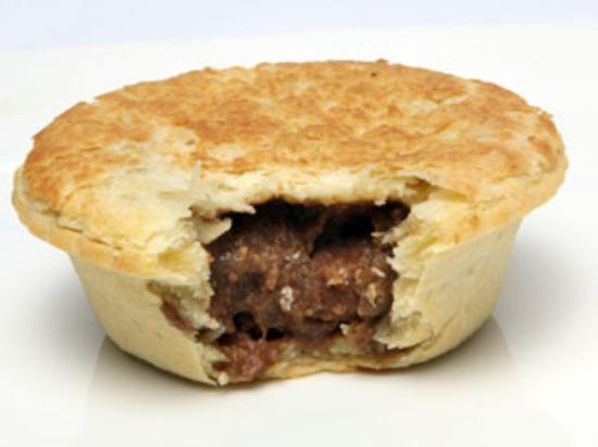 Beef pie chips australian beef in gravy pie for Jj fish and chips