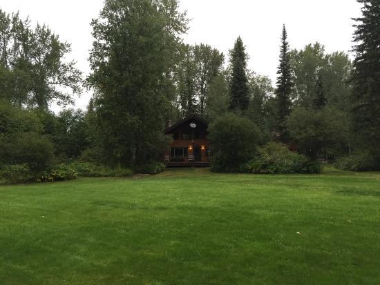 Glacier Wilderness Resort: Cabin 11