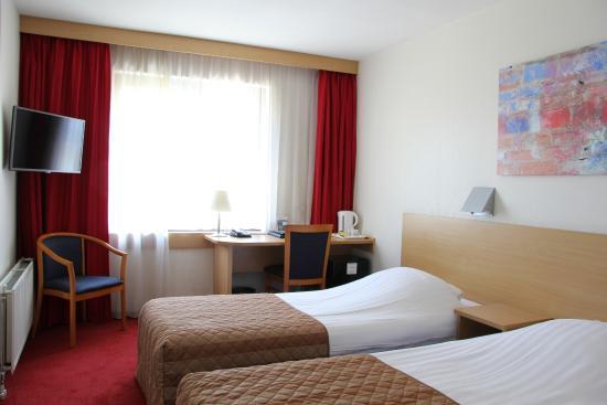 Bastion Hotel Schiphol Hoofddorp: Comfort kamer