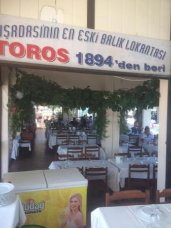 Toros Restaurant: View from front