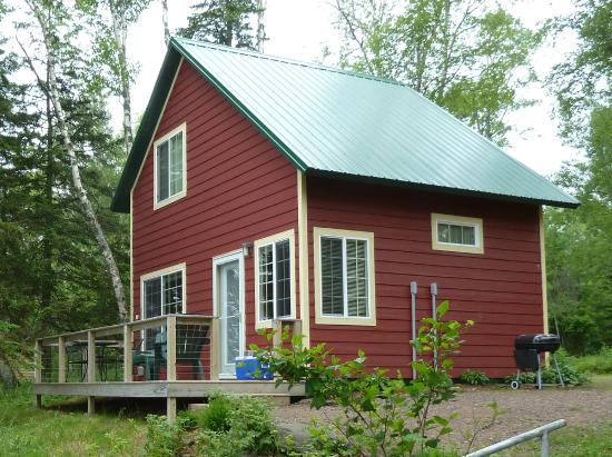 Gooseberry Cabins : Cabin 3 overlooking Lake Superior