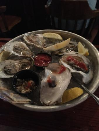 BJ's Steak & Rib House: Fresh New England Oysters