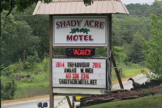 those 2nd story rooms picture of shady acre motel. Black Bedroom Furniture Sets. Home Design Ideas