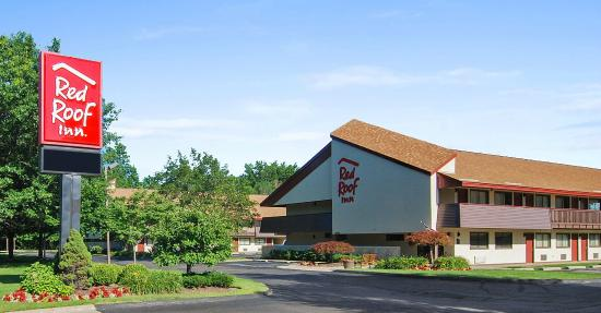 Red Roof Inn Cleveland - Westlake: Exterior