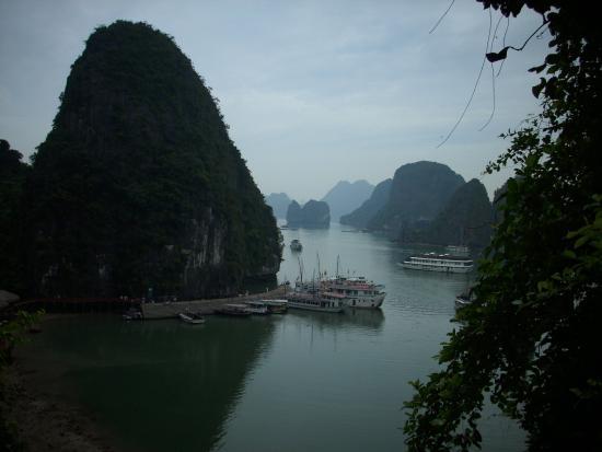 Le Saïgon: La Baie d'Along