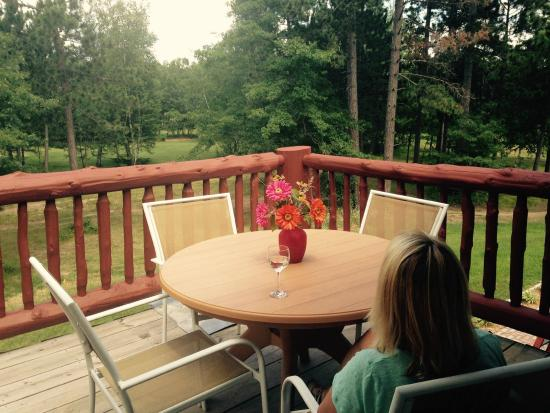Wildwedge RV Park and Lodge: Lodge Suite Deck Overlooking Golf Course