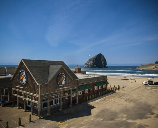 Pacific City, Oregón: Oregon's only beachfront brew pub.