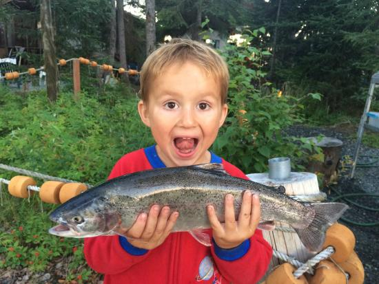 Jimmie Jack's Alaska Lodge : Enzo with his first trout!