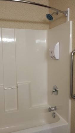 best western inn fantastic shower head with good water pressure