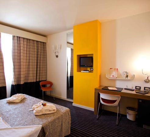 Hotel Motel Prestige : Camera comfort