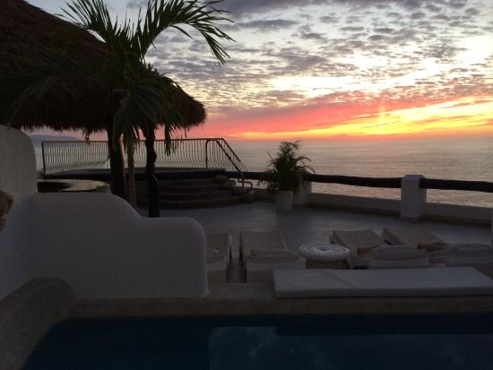 Ocho Cascadas: The most beautiful sunsets ever! From my villa