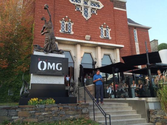 OMG Resto : OMG - Restaurant in a retired church