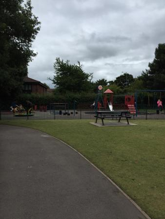 Rugeley, UK: Nice little park for my wee man:)
