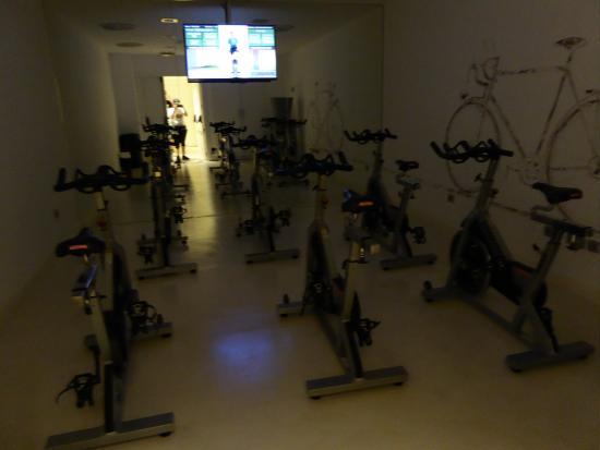 Hotel Ciutat de Girona: Sala bicicletas