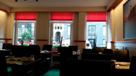 Nicolaas Witsen Hotel: breakfast room