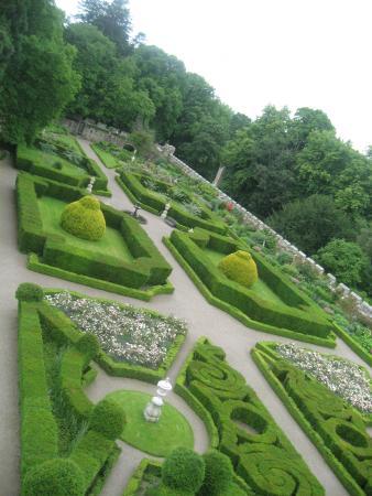 Chillingham Castle: Chilligham Castle Gardens