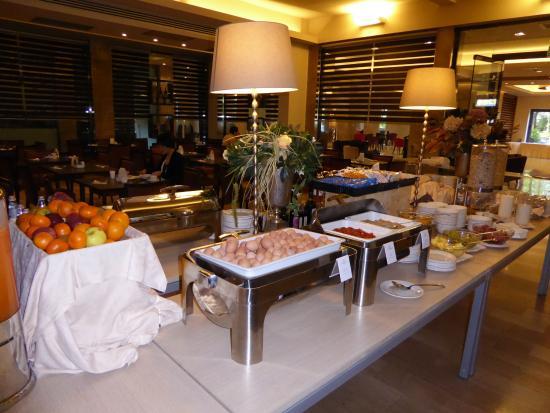 Desayuno Picture Of Fh Grand Hotel Mediterraneo Florence Tripadvisor