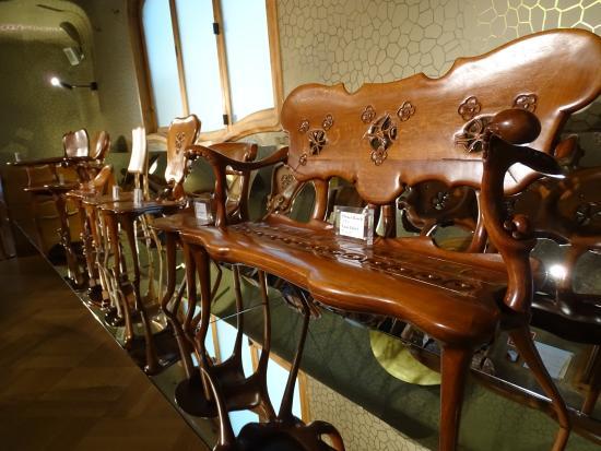 Bancos y sillas a la venta con los dise os originales for Sillas originales