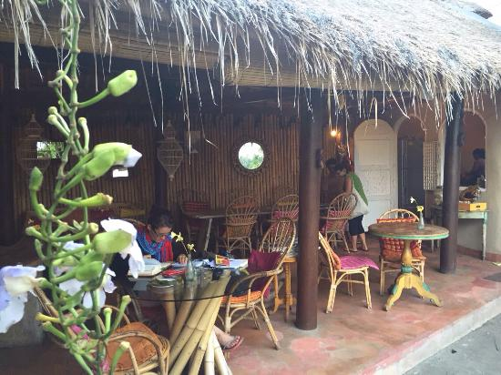 Photo4g picture of yellow flower cafe ubud tripadvisor yellow flower cafe photo4g mightylinksfo