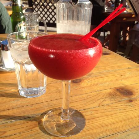 Miette Hot Springs Resort: strawberry daiquiri