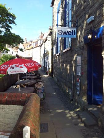 Swell Cafe Bar: Outside seating overlooking King's Beck