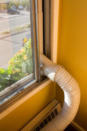 Astoria Hotel: air conditioning