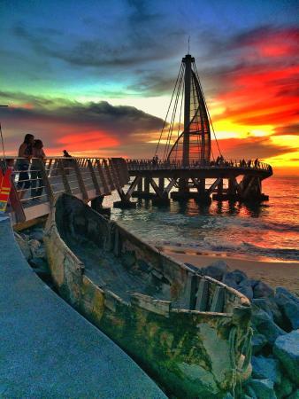 Los Muertos Pier: muelle de los muertos