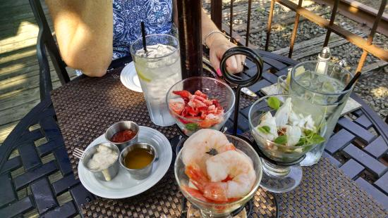 Lambertville, Nueva Jersey: Seafood trio for two
