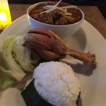 Photo of Thai Restaurant Kao Soy at 283 Van Brunt St, Brooklyn, NY 11231, United States
