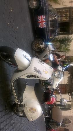 Joy Ride Scooter Rental: VESPA 300