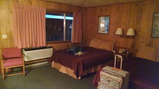 Virginian Lodge: Double bed room