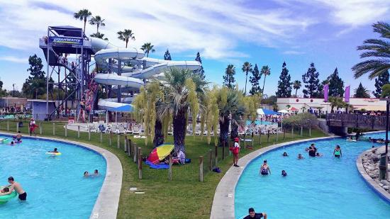 You Be the Judge: Angry Mom v. Knott's Berry Farm's Soak City | OC ...