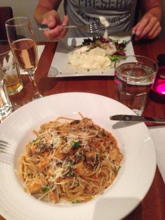 Nob Hill Grille Restaurant : photo0.jpg