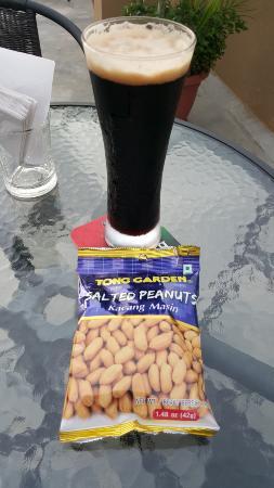 Kacang & Stout
