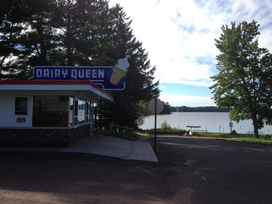 Solon Springs (WI) United States  city photos gallery : Exterior Picture of Dairy Queen, Lake Nebagamon TripAdvisor