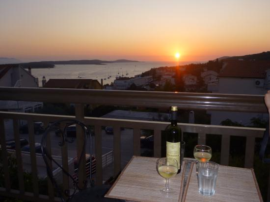 Apartments Ivanovic: watching sunet
