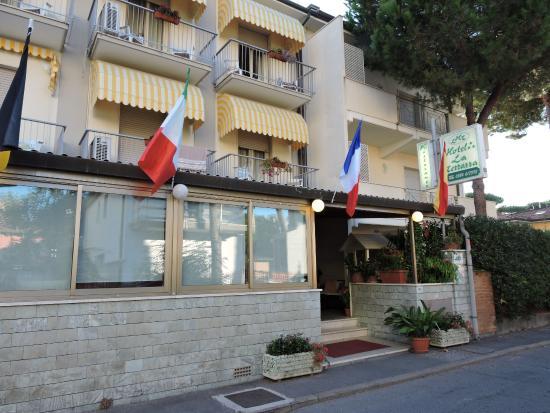 Best Hotel Ristorante La Terrazza Lido Di Camaiore Pictures - Idee ...