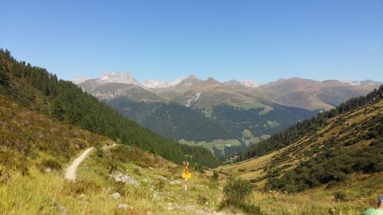 Sunstar Alpine Hotel Davos: Wandertour: Rinerhorn - Monstein