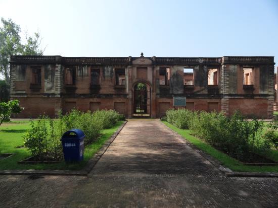 Dilkusha Kothi Palace: A